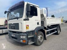 Camión volquete volquete trilateral MAN TGM 18.330