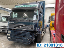 Volvo FM7 truck damaged box