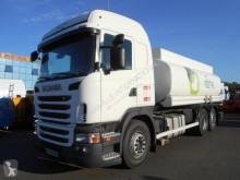 Kamión cisterna chemické výrobky Scania G 360