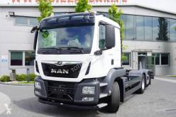 Camión chasis MAN TGS 26.400