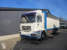 Камион за превоз на едър рогат добитък MAN 19.414