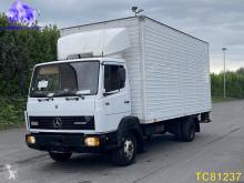 Caminhões Mercedes LK 814 furgão usado
