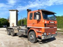 Camión Gancho portacontenedor Scania R 142 SCAABILE 6X2