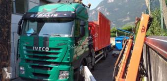 Camión Iveco 260.35 volquete usado