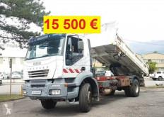 Lastbil lastvagn bygg-anläggning Iveco Trakker
