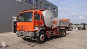 Obras de carretera Renault pulverizador usada