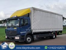 Vrachtwagen met huifzeil Mercedes Atego 1224