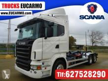 Camión Scania Gancho portacontenedor usado