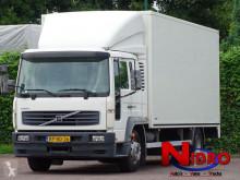Camión Volvo FL6 furgón usado