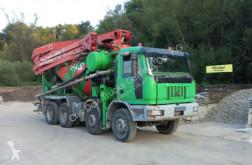 Грузовик Iveco Astra HD 7 84 45 8x4 Cifa MK 28.4 m 9 cbm Fahrm техника для бетона бетононасос б/у