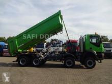 Lastbil Iveco Trakker TRAKKER 8x8 tre vagnar begagnad