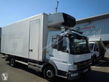 Camión frigorífico multi temperatura Mercedes Atego 1018