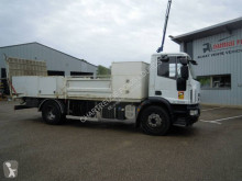 Lastbil Iveco Eurocargo 160 E 22 K tector maskinbärare begagnad