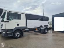 Camion châssis MAN 12.220 Mannschaft 5-Sitzer Crew Euro 6d