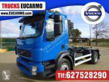 Volvo billenőplató teherautó
