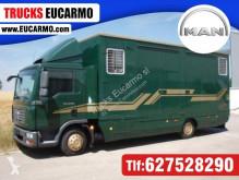 Camión MAN TGL 10.240 transporte de caballos usado