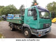Camión volquete MAN 8.180 FK