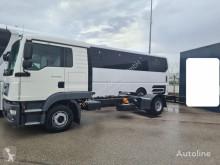 MAN flatbed truck 12.220 Mannschaft 5-Sitzer Crew Euro 6d Pritsche
