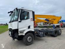 Camion Renault polybenne accidenté