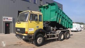 Camión Iveco Magirus volquete usado