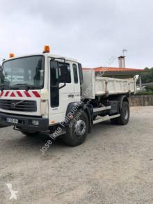Ciężarówka wywrotka Volvo FL6 19