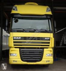 Camion châssis DAF XF105 460