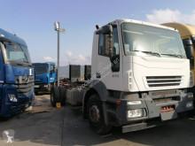 Camión chasis Iveco Stralis 190 S 27