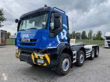 Camión Iveco Trakker 340 T 45 chasis usado