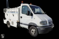 Camión Renault Mascott 130 vacuum truck cisterna usado