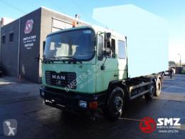 Ciężarówka cysterna MAN 24.272 auto bad condition