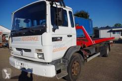 Camión de asistencia en ctra Renault Midliner 180