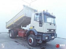 Camión Iveco Eurotrakker volquete usado