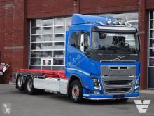 Camión chasis Volvo FH16