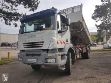 Lastbil tippelad offentlige arbejder Iveco Trakker