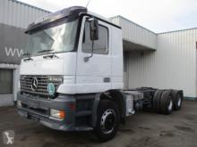 Caminhões Mercedes Actros 2640 chassis usado