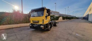 Ciężarówka podwozie Iveco Eurocargo 120 E 28
