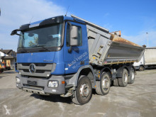 Kamion trojitá korba Mercedes Actros 4141 K 8x4 4-Achs Kipper Meiller 41to Chassis