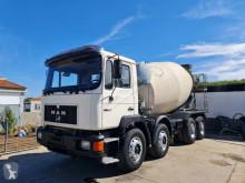 Camión hormigón MAN 32.322