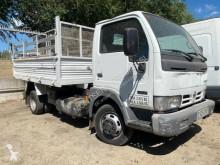 Ciężarówka wywrotka Nissan Cabstar 45.13