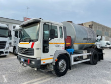 Camion calcestruzzo pompa per calcestruzzo Volvo FL
