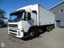 Caminhões furgão Volvo FM12