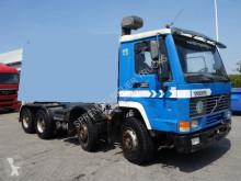 Camión Volvo FL10 chasis usado