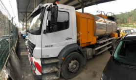 Mercedes Axor 1828 truck used bulk cement tanker
