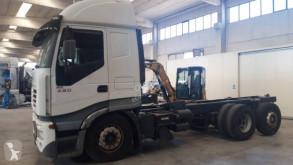 Ciężarówka Iveco podwozie używana
