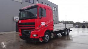 Camión caja abierta DAF XF95