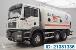 Caminhões cisterna productos químicos MAN TGA 26.350