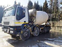 شاحنة Iveco Trakker 410 T 45 اسمنت دوامة / خلاطة اسمنت مستعمل