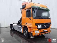 Ciężarówka Hakowiec Mercedes Actros 2548