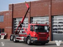 Caminhões Scania P 320 poli-basculante usado
