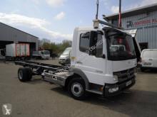 Ciężarówka Mercedes Atego 1018 podwozie używana